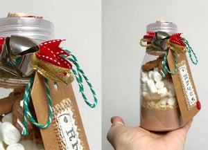 Image of Personalised Hot chocolate treat kit with marshmallows, white chocolate stars & cookies