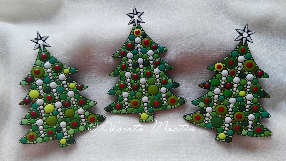 Image of Christmas tree ornaments. Set of 3. Red and green.