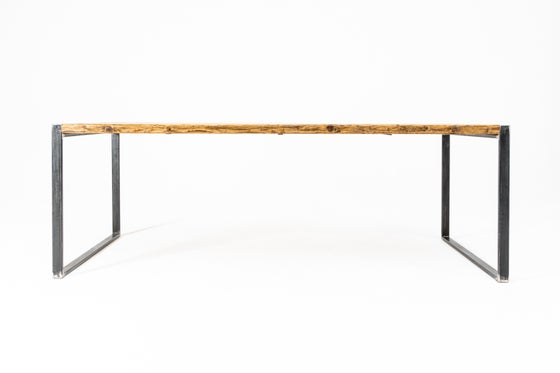 Image of dining table RAW