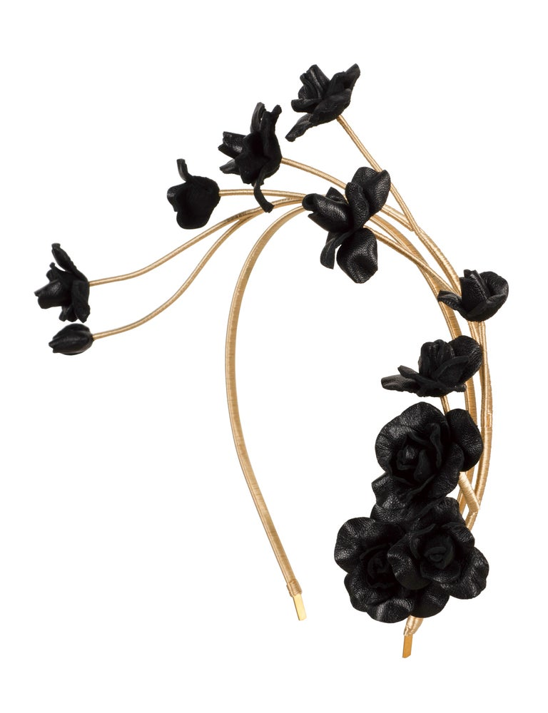 Image of BLACK ROSE VINE