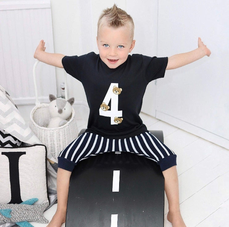 Image of PERSONALISED NUMBER WITH BEARS T-SHIRT