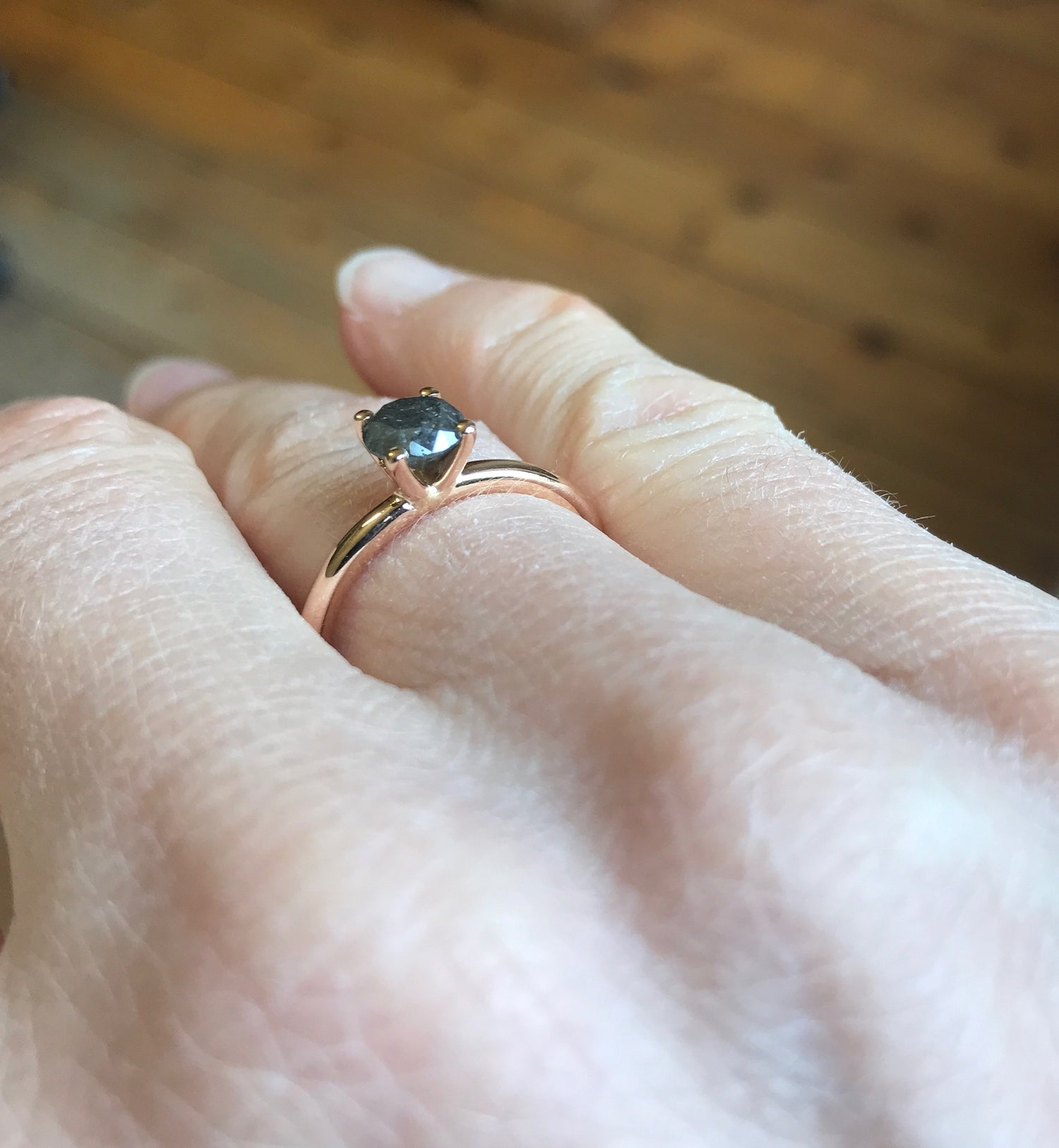 Image of 'Engaged' engagementsring in gold and diamond - verlovingsring in goud en diamant