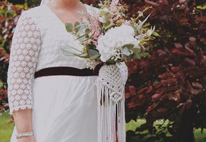 Image of Macrame bouquet wrap