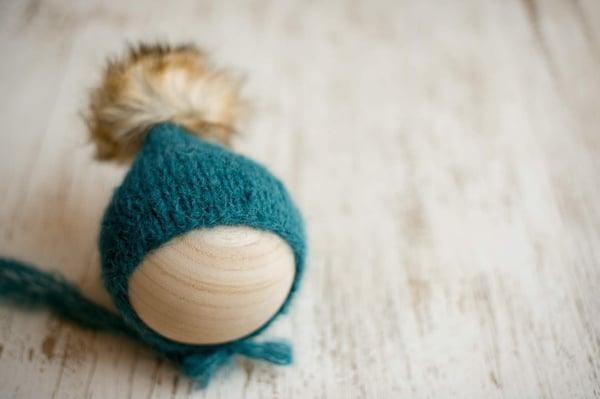 Image of Emerald pixie faux fur Pom bonnet