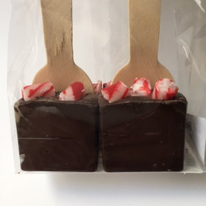 Image of Hot Chocolate Spoons - Peppermint with Candy Canes & Dark Chocolate