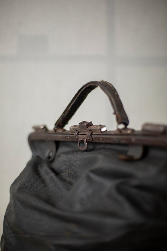Image of ANTIQUE RAILWAY WORKER BAG