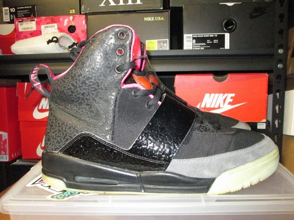 "Air Yeezy I (1) ""Blink"" *PRE-OWNED* - SIZE11ONLY - BY 23PENNY"