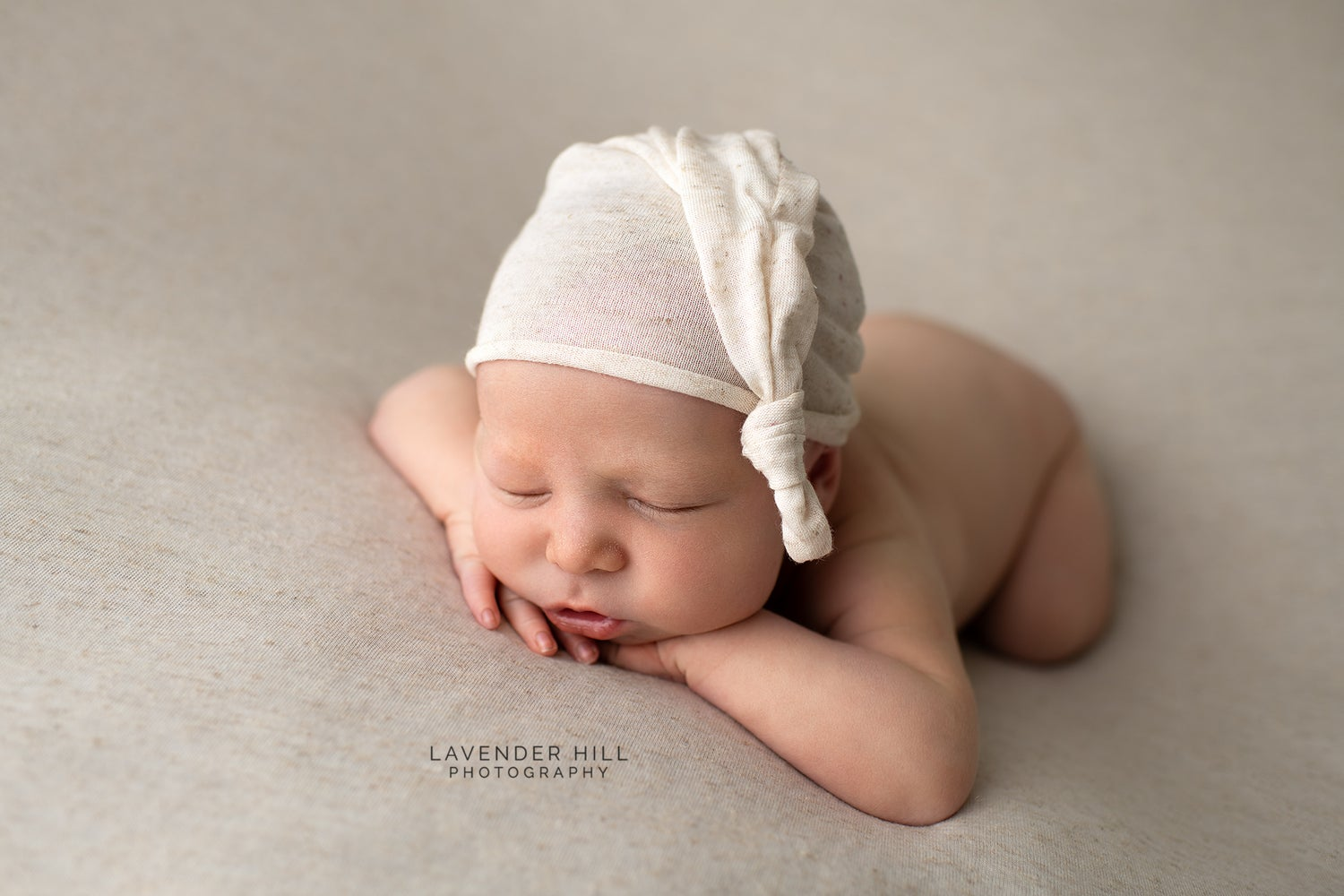 Image of Newborn Baby Photo Session  **BOOKING FEE ONLY**