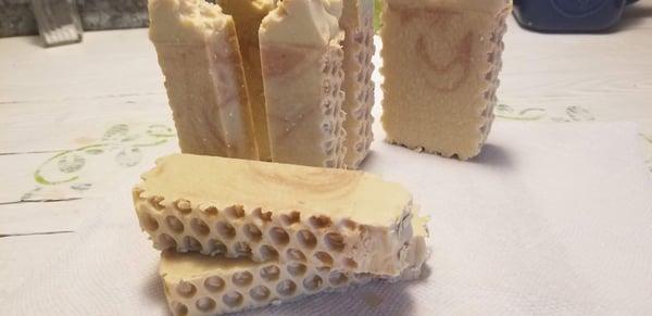 Image of Oatmeal & Honey -half bar