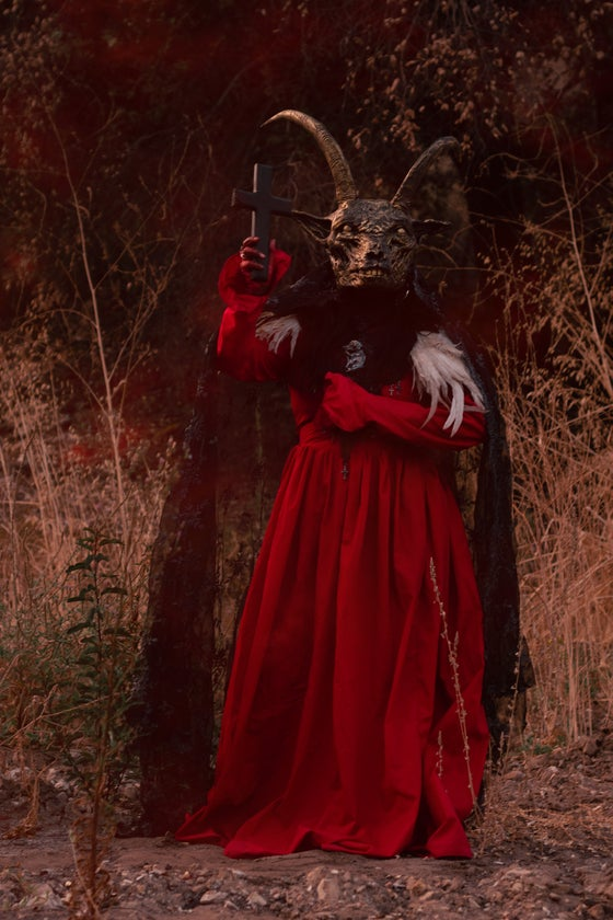 Image of MASTER LEONARD - Blackened goat mask