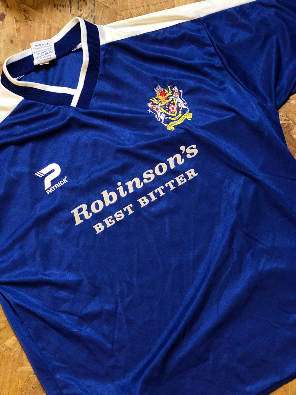 Image of Replica 2001/02 Patrick Home Shirt