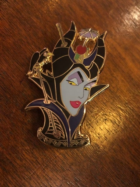 "Image of 3"" Fantasy Mug Enamel Pin"