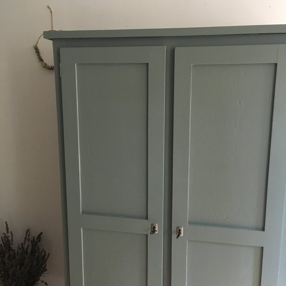 Image of Armoire #1010