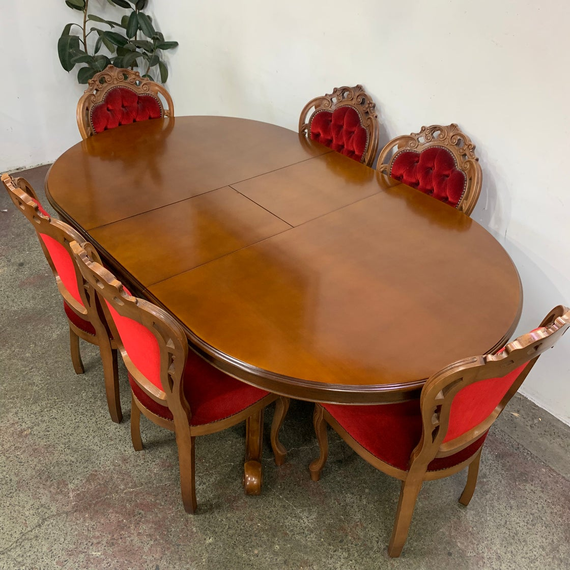 Image of ITALIAN BRESCIA TABLE AND CHAIRS