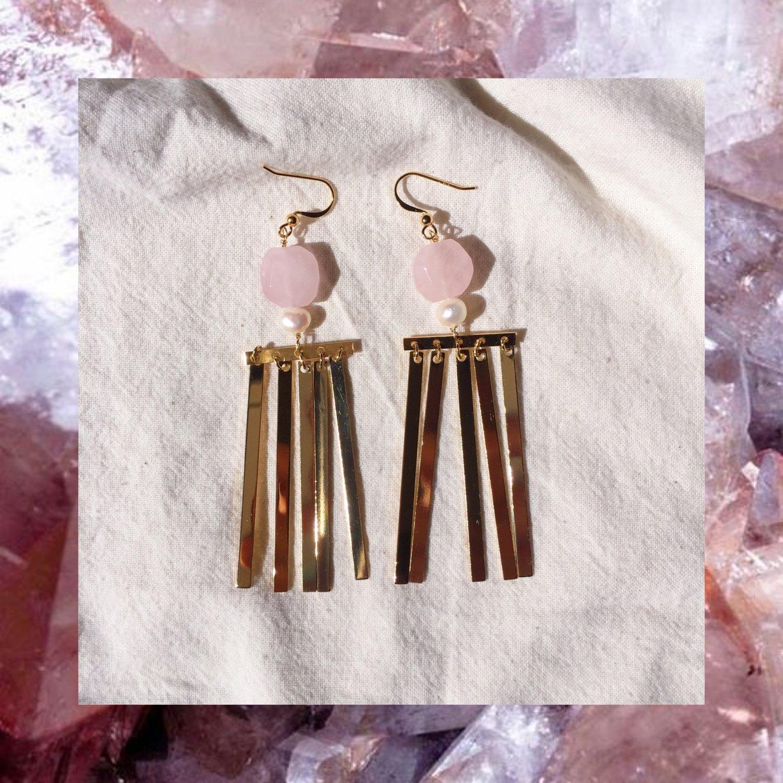 Image of SOLD OUT -  BOUCLES PLUIE Quartz rose et nacre