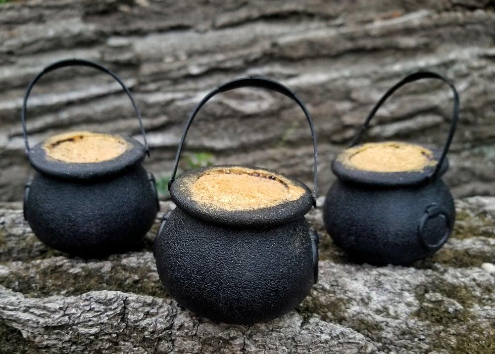 Image of Hocus Pocus Cauldron Bathbombs