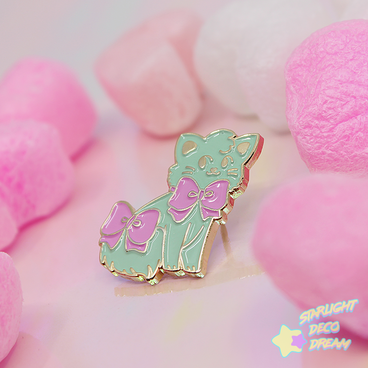 "Image of ""Chappie Cat"" Soft Enamel Pin / B-Grade"
