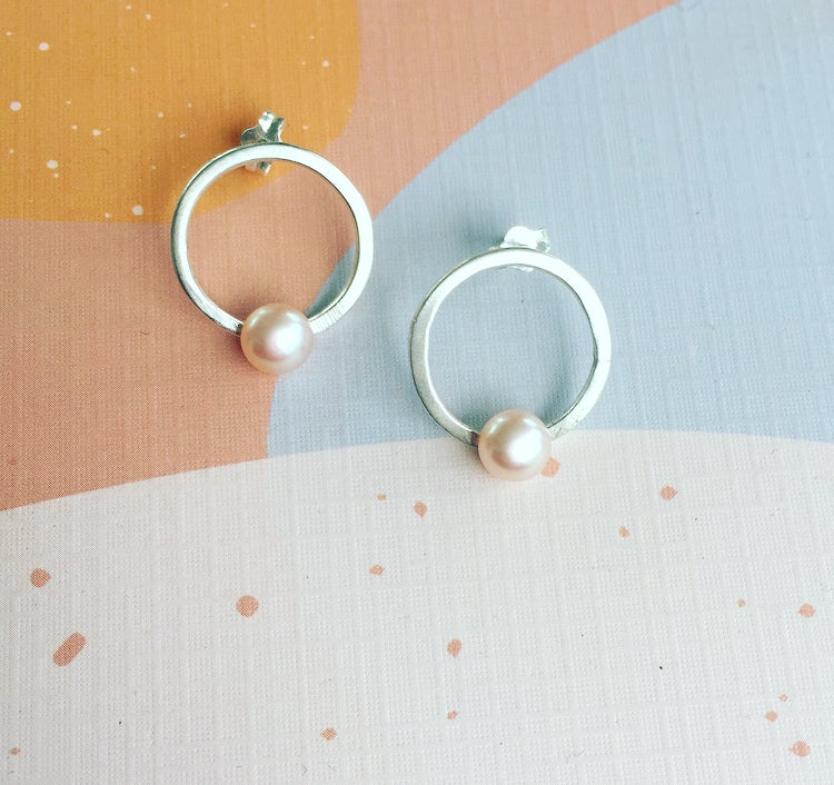 Image of Circle pearl studs