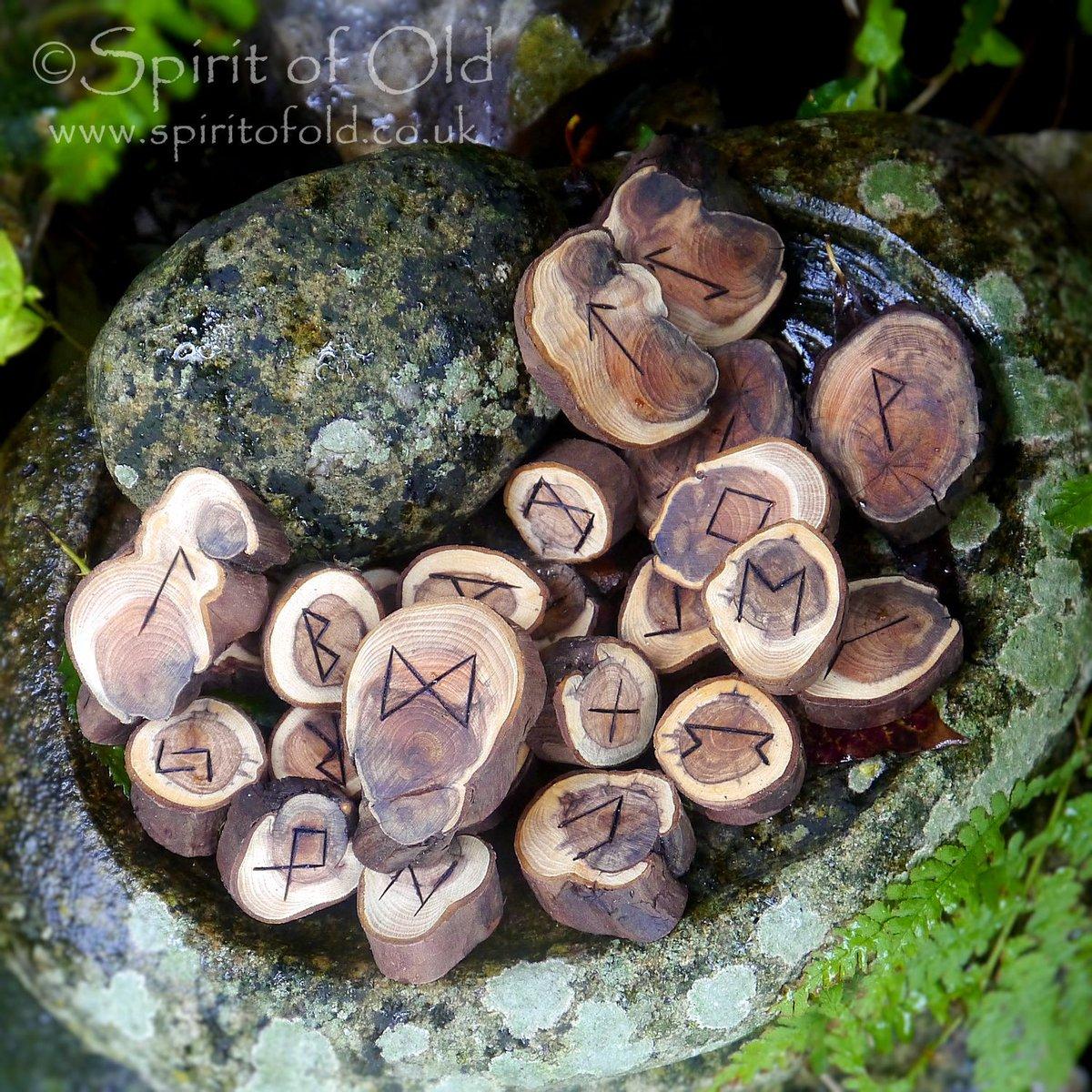 Image of Stonehenge yew root runes (D228)