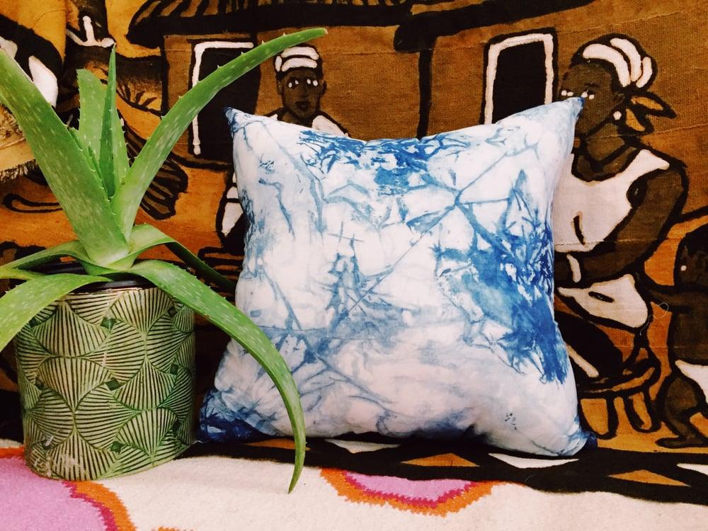 Image of Indigo pillow 4