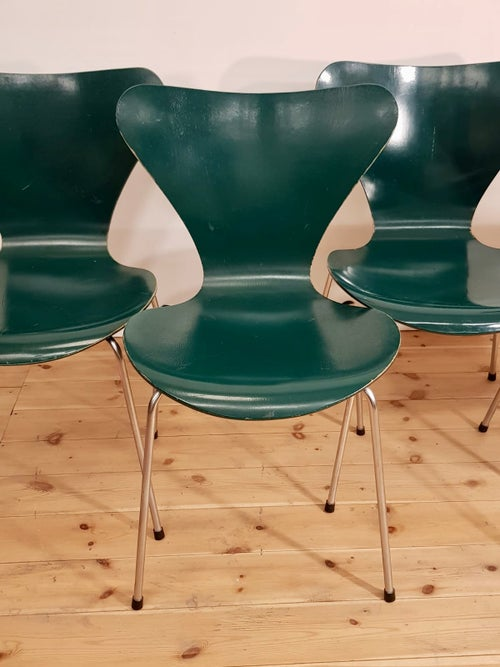 Image of Lote de 4 sillas, Arne Jacobsen