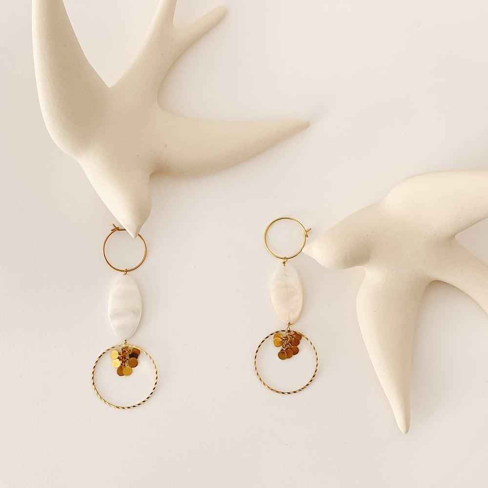 Image of «Croqueuse de perles» Boucles d'oreilles