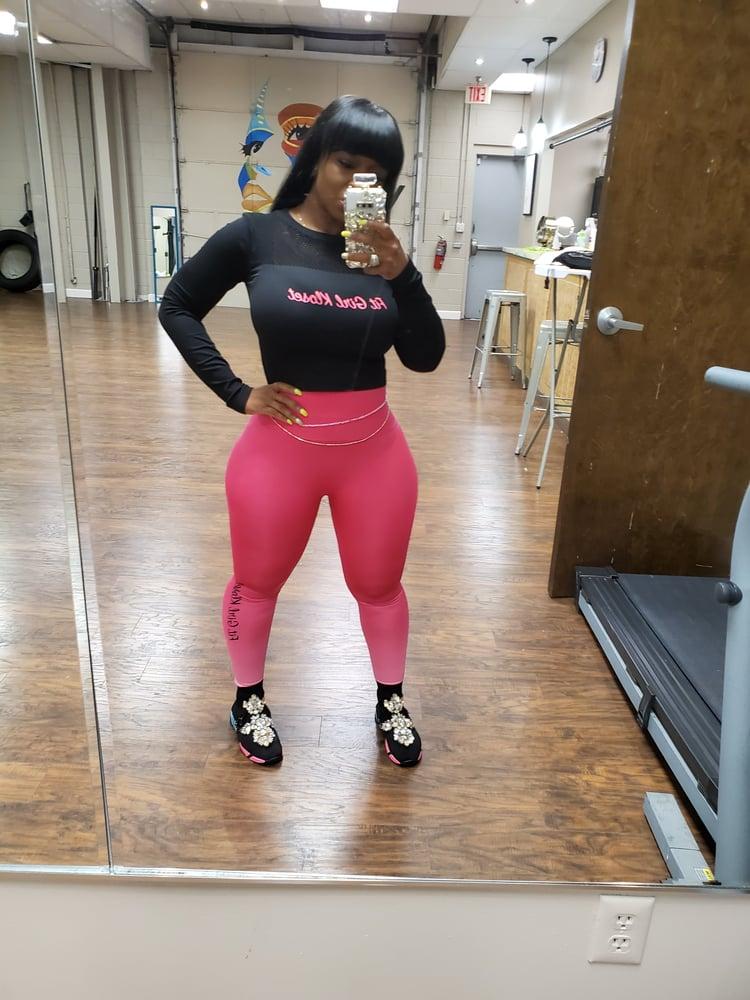 Image of Pink Fit Girl Kloset Logo Leggings