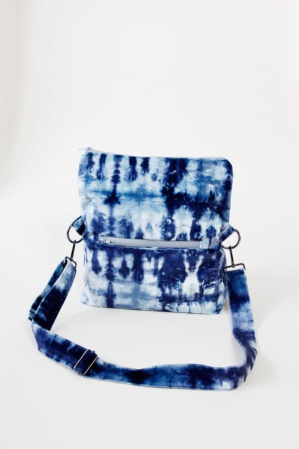 Image of the ARIA FOLDOVER bag PDF pattern