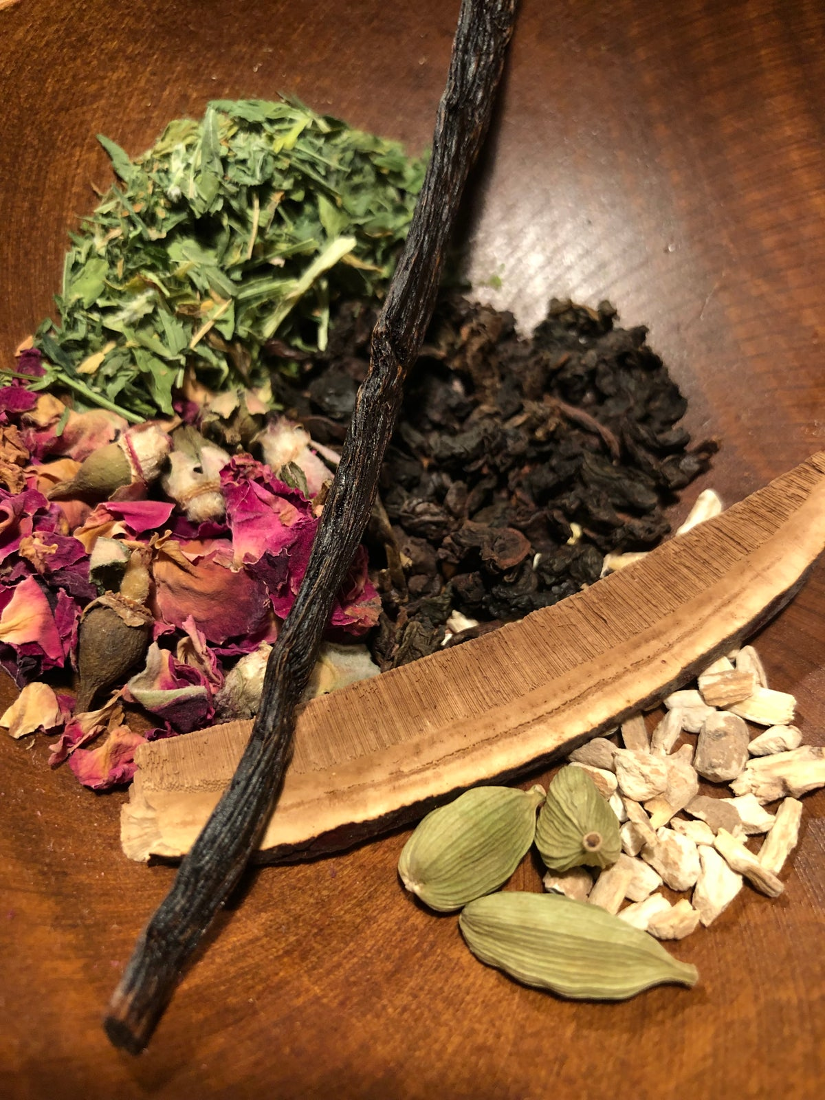 Image of Vanilla Rose Oolong Tea