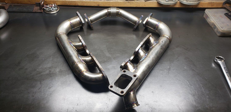 Image of Z31 log style turbo manifolds