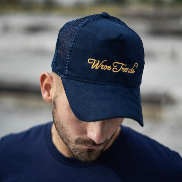 Image of SUEDE NAVY TRUCKER