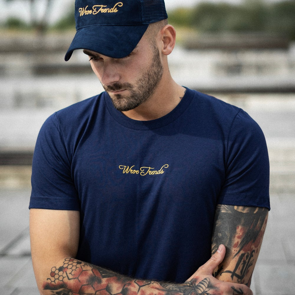 Image of NAVY/GOLD TEE
