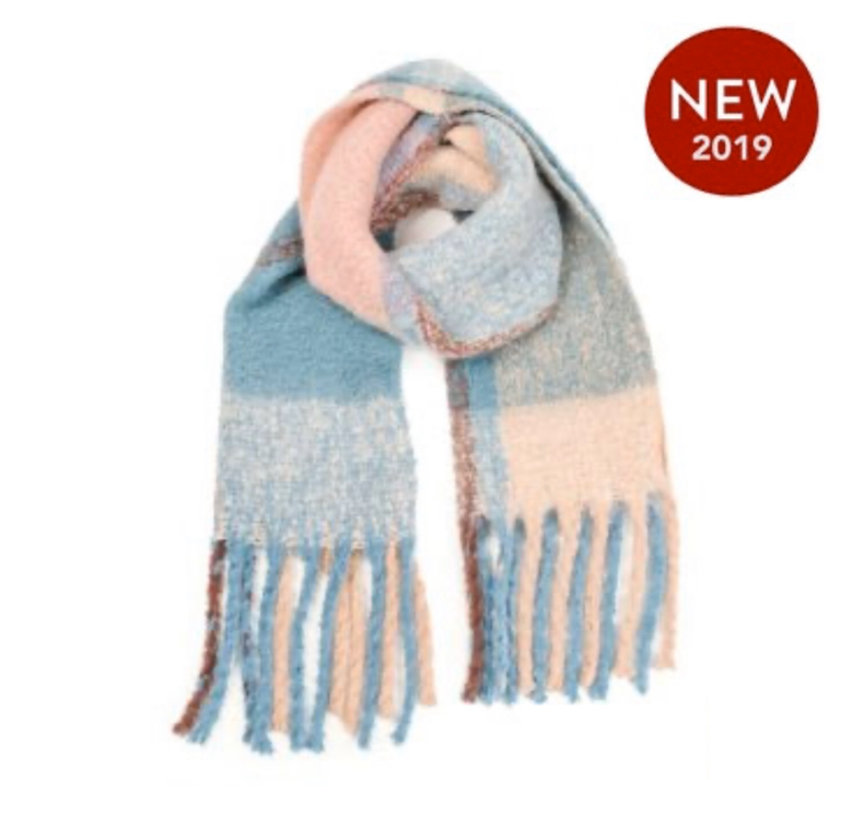 Image of EXTRA LARGE BLANKET SCARF - BLUE