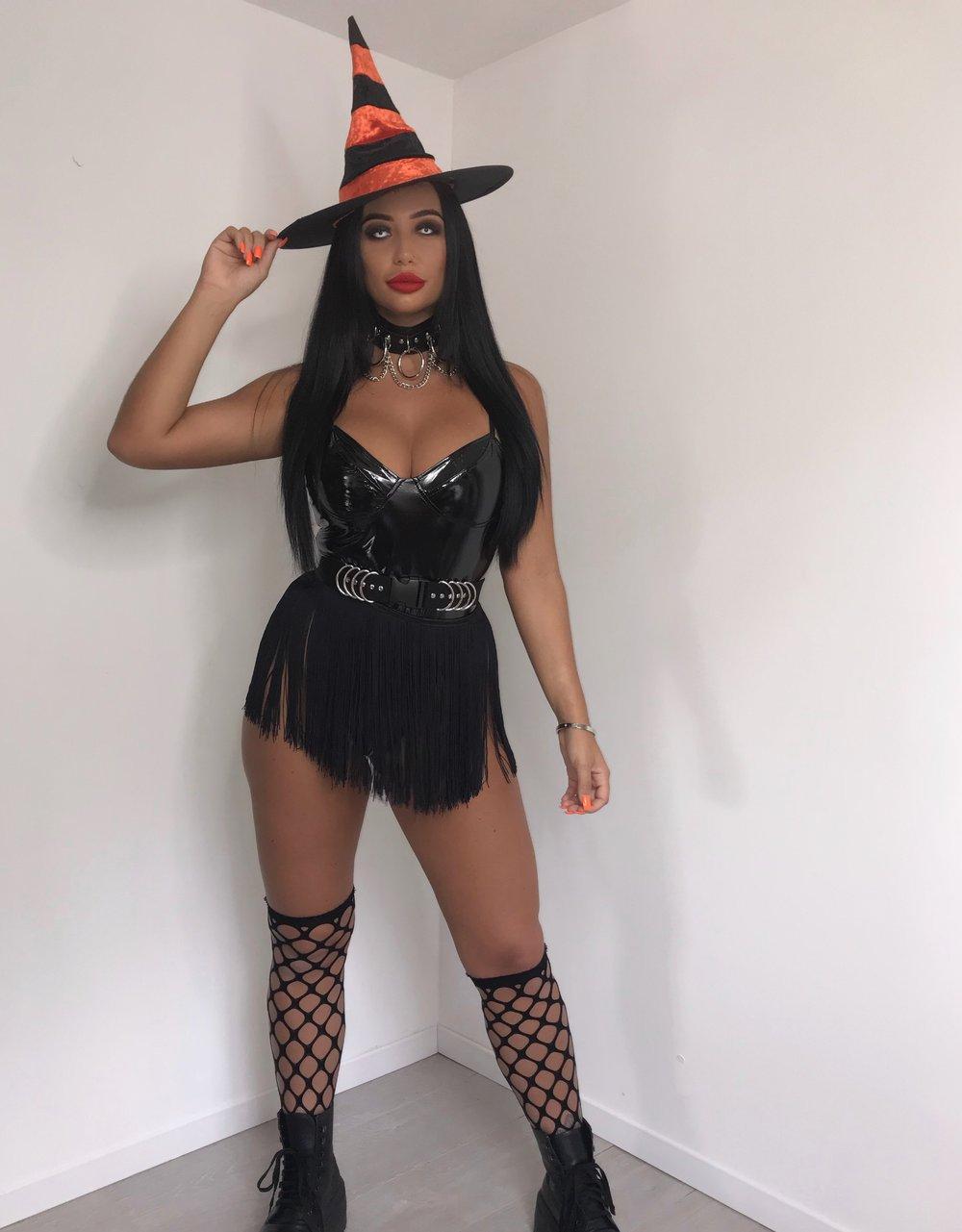 All Black Soul tassle skirt + Free fishnet SOCKS!