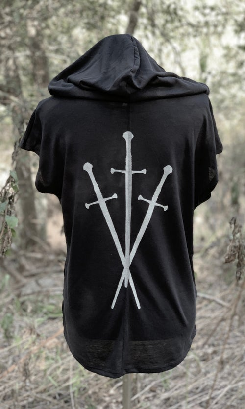 Image of THREE OF SWORDS MEDIEVAL TOP