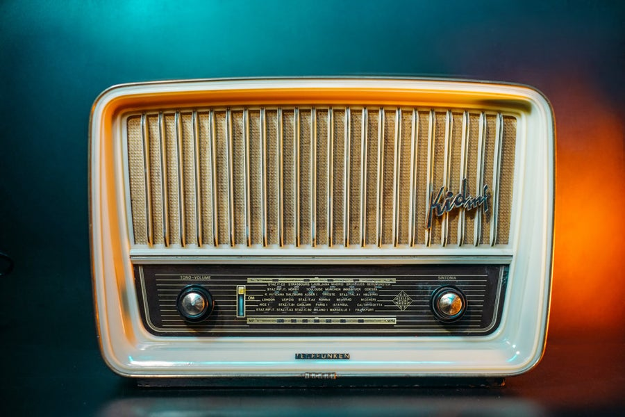 Image of TELEFUNKEN KIDMF (1959) RADIO D'EPOCA BLUETOOTH