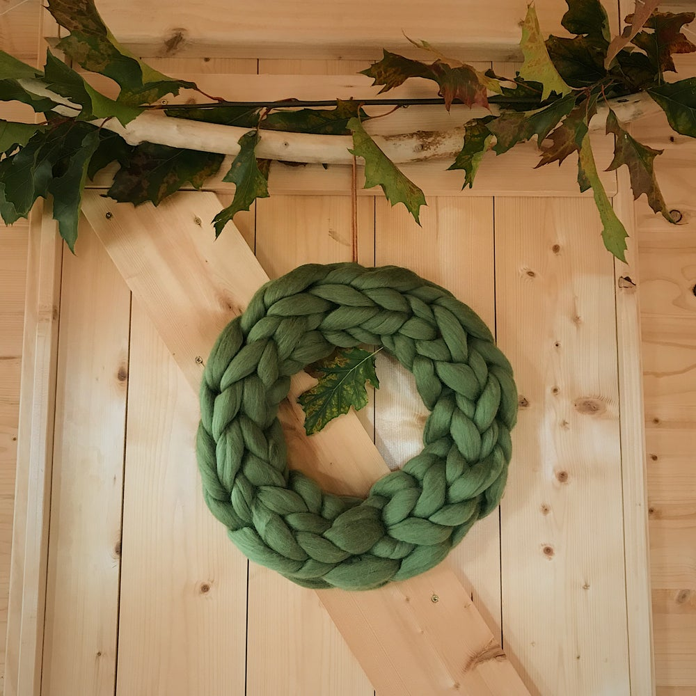 Image of Wreath - chunky knit merino