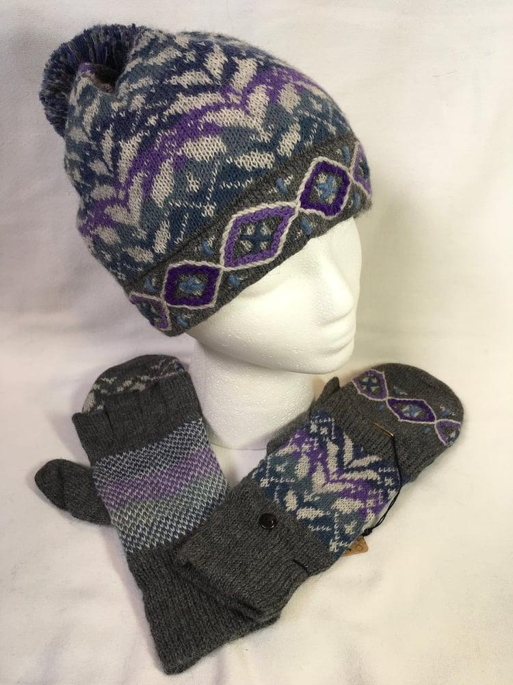Image of Primrose Hat & Glitten Set.
