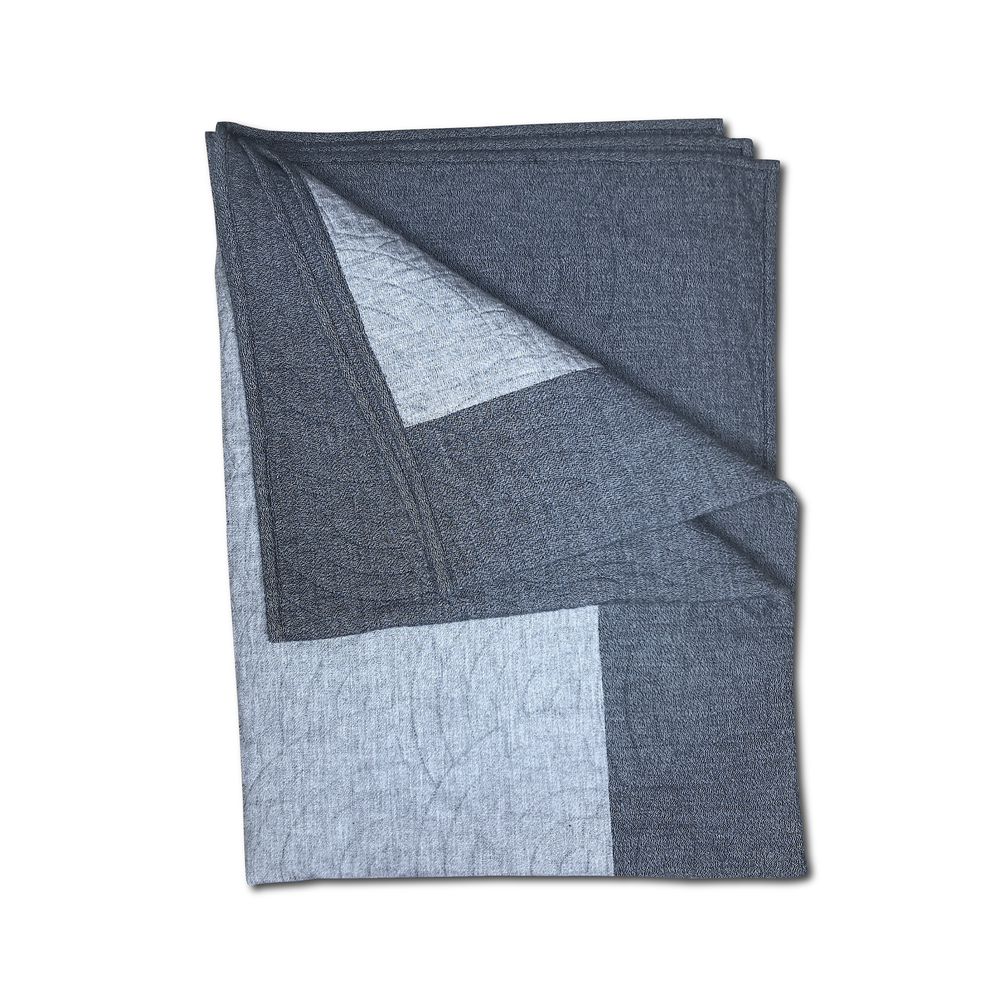 Image of RYE® QUILTED BLANKET GREY