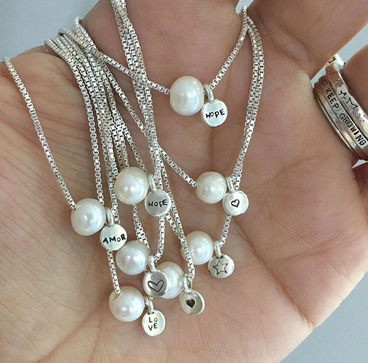 Image of Pearl necklace