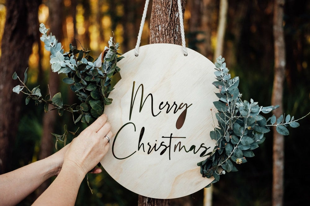 Image of DIY FRESH FLORAL/GREENERY 'Merry Christmas' PLAQUE