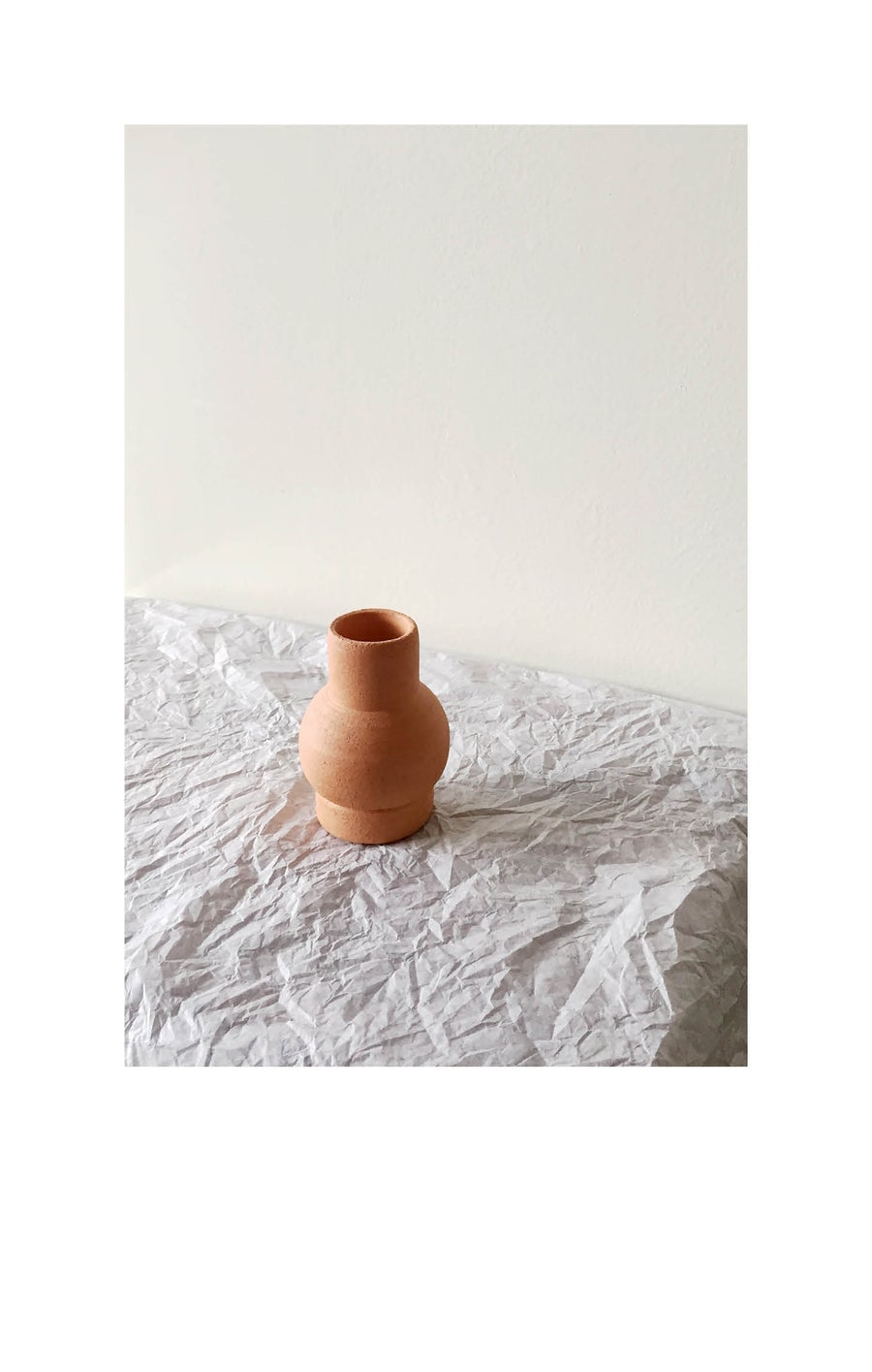 Image of Mini terracotta bubble vase