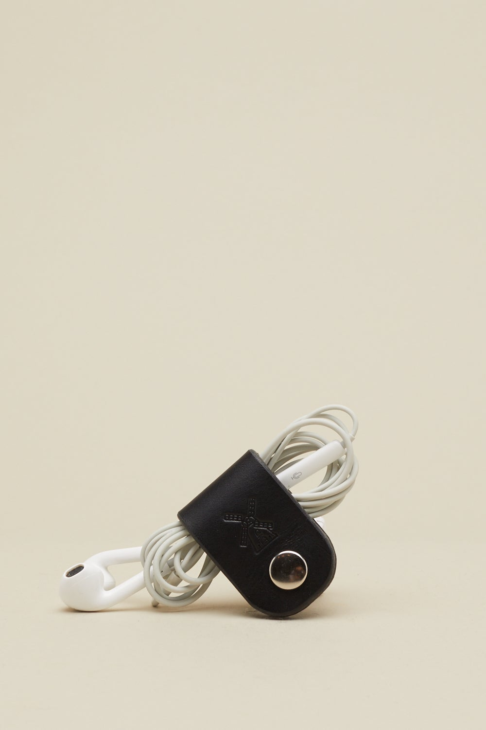 Image of Earphone Holder in Coal