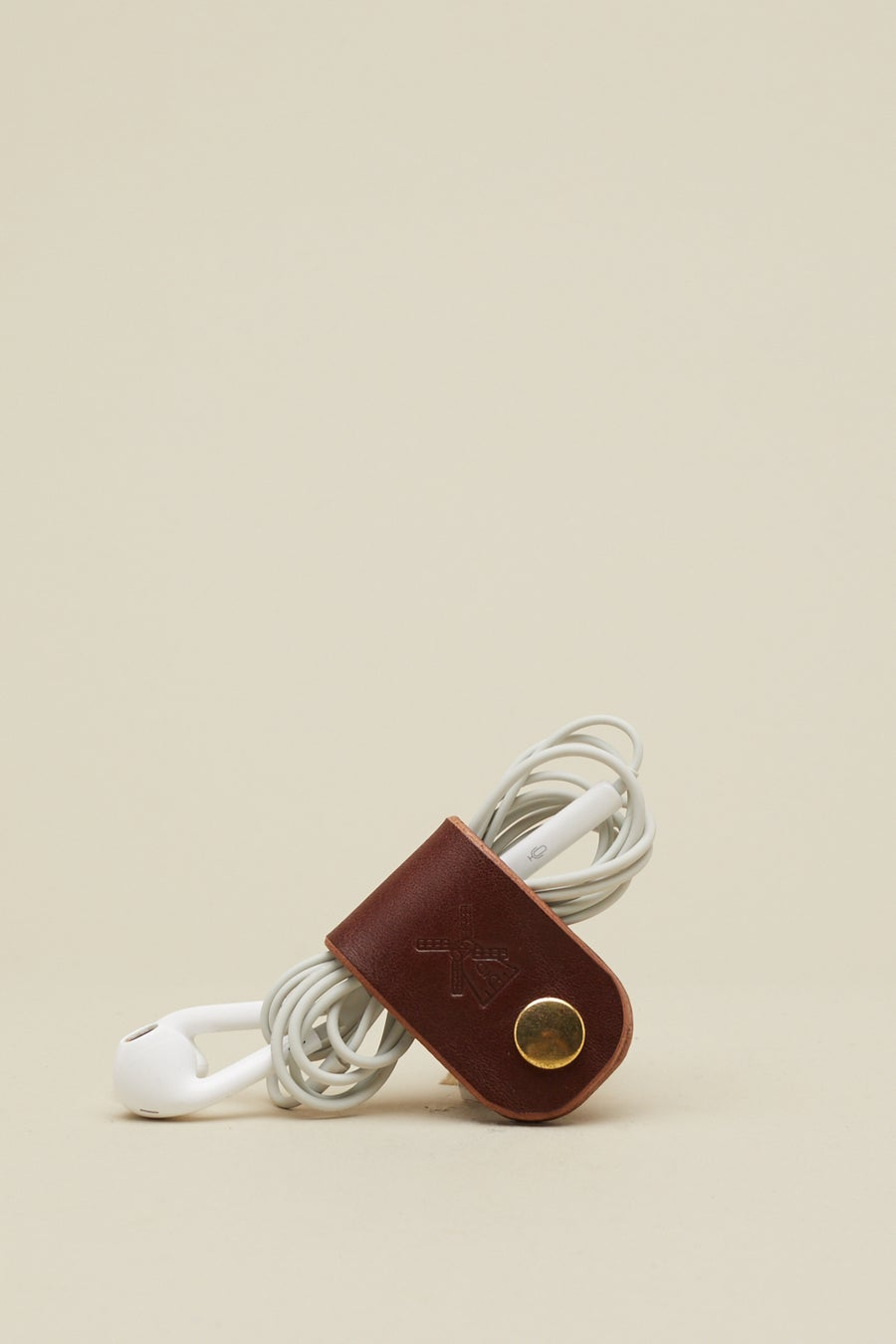 Image of Earphone Holder in Chestnut