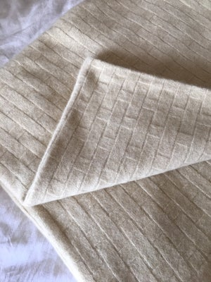 Image of Luxury Possum Flax Pattern Blanket