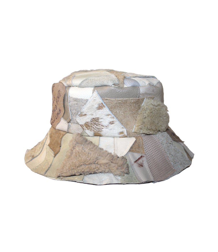 Image of BUCKET HAT (CREAM LEATHER)