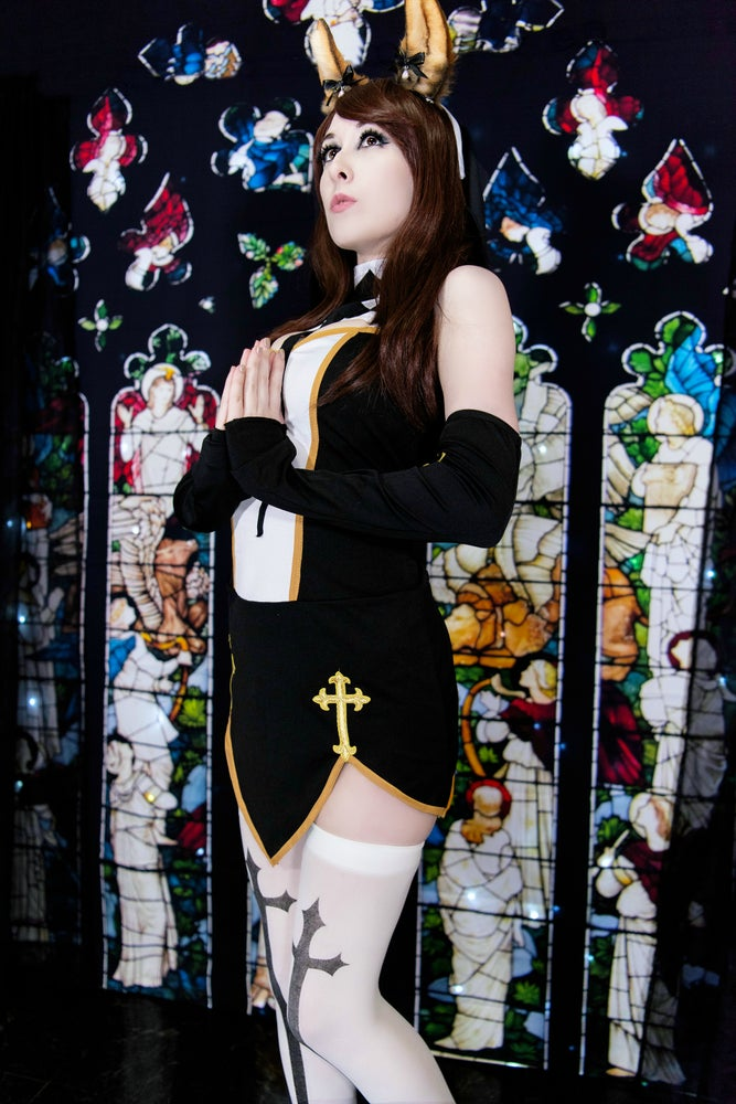 Image of Halloween Velvet (Nun)