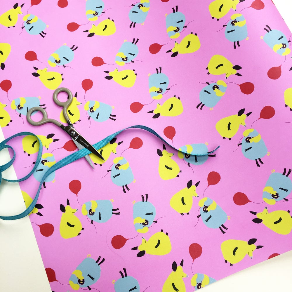 Image of 10 sheets: Wrapping Paper