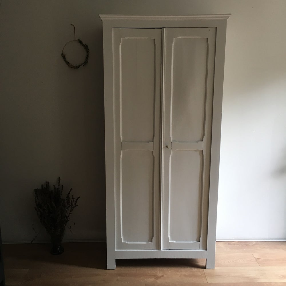 Image of Armoire parisienne #1016
