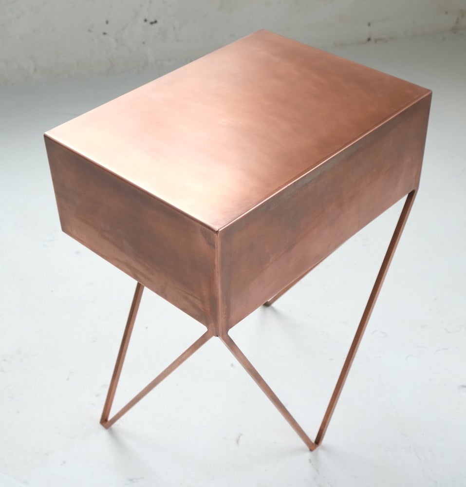 Image of Robot side table in oxidised copper